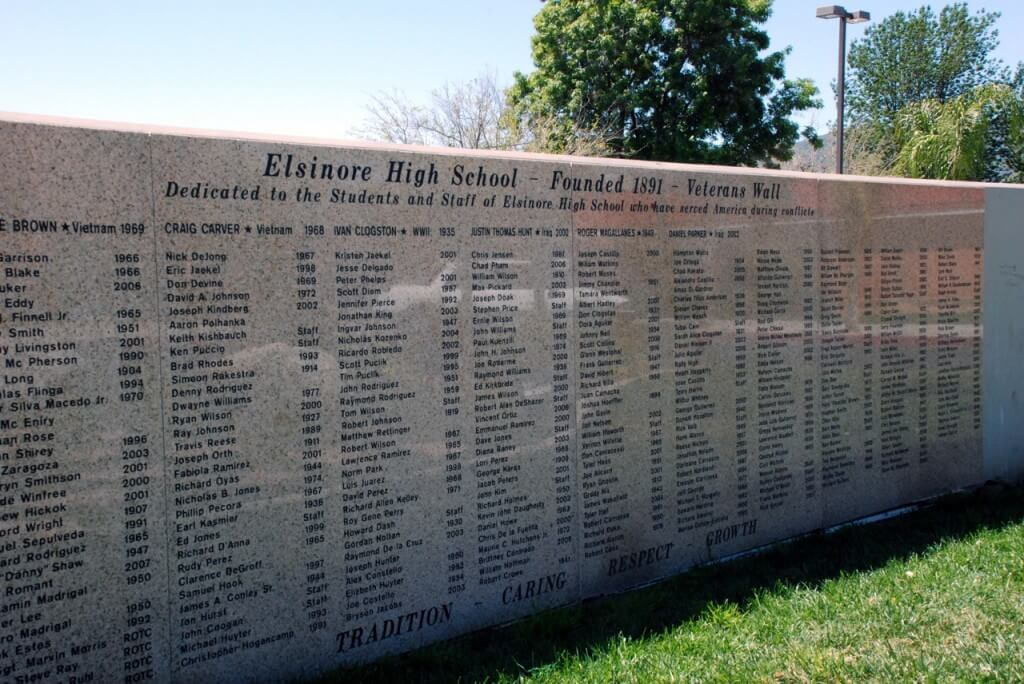 Lake elsinore high School Plaque1